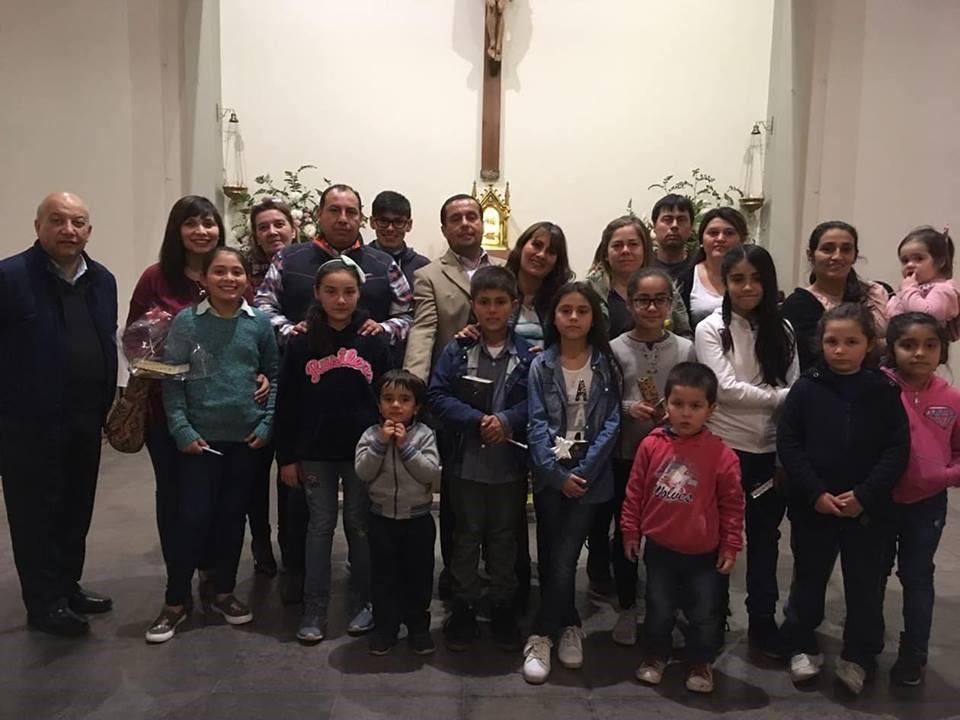 Grupo de catequesis LBT asiste a celebración de entrega de la biblia