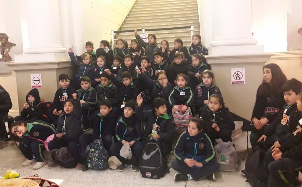ESTUDIANTES DEL LBT CONOCEN LA DIVERSIDAD CULTURAL DE LA SOCIEDAD CHILENA