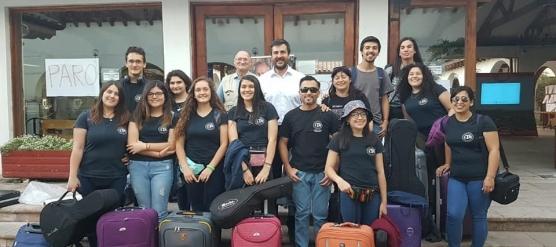 ESTUDIANTINA BICENTENARIO DEL LBT PARTICIPA EN CERTAMEN INTERNACIONAL EN COLOMBIA