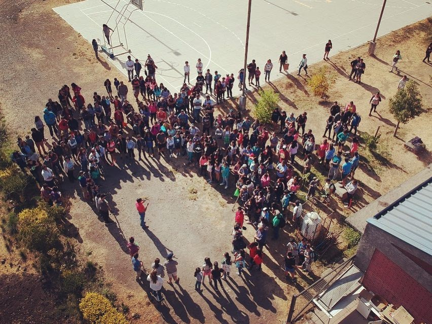 """ESTUDIANTES DEL LBT REALIZAN HITO FORMATIVO """"SEMBRANDO SUEÑOS"""" Y ACTIVIDAD ECOLÓGICA"""